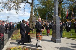 Piper - Veterans Memorial Monument, Knightswood, Glasgow