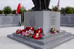 Wreaths Polish Armed Forces Memorial 2012