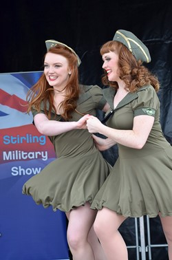 Linzi Slamin and Julieann Crannie Kennedy Cupcakes - Stirling Military Show 2013