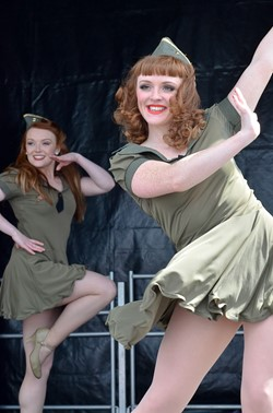 Kennedy Cupcakes Dance Routine - Stirling Military Show 2013
