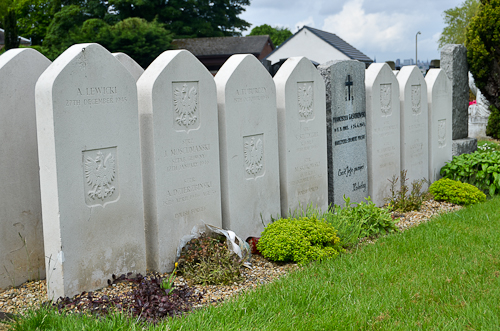 Polish war graves in Mount Vernon cemetery, Edinburgh.