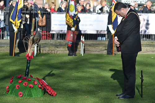 Lord Lieutenant & Lord Provost Donald Wilson Edinburgh Garden of Remembrance 2014