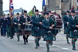 Royal Scots Association Pipe Band - Armed Forces Day 2015 Edinburgh