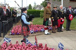 Piper - Victory in Japan, Knightswood, Glasgow 2015