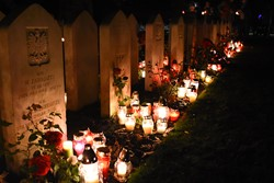 Polish War Graves All Saints Day Candles Edinburgh 2016